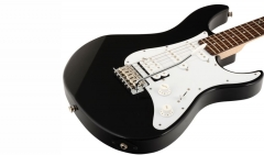 Yamaha PACIFICA012 Black
